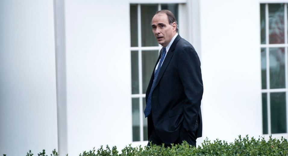 AXELROD LIED: EMAIL Shows He  Knew of Hillary's Private Email Server in 2009