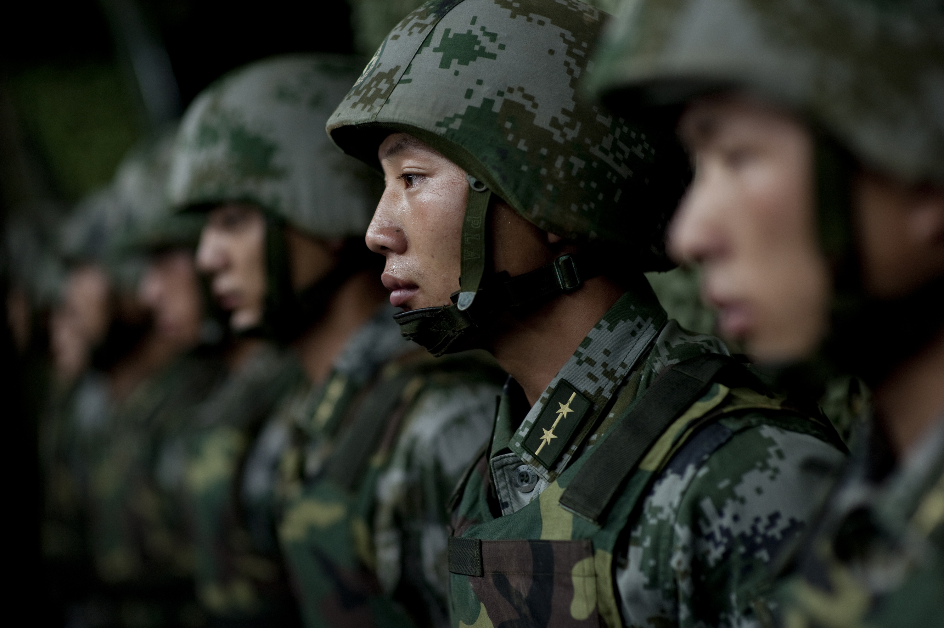 Report: China Sends 150,000 Troops to North Korean Border