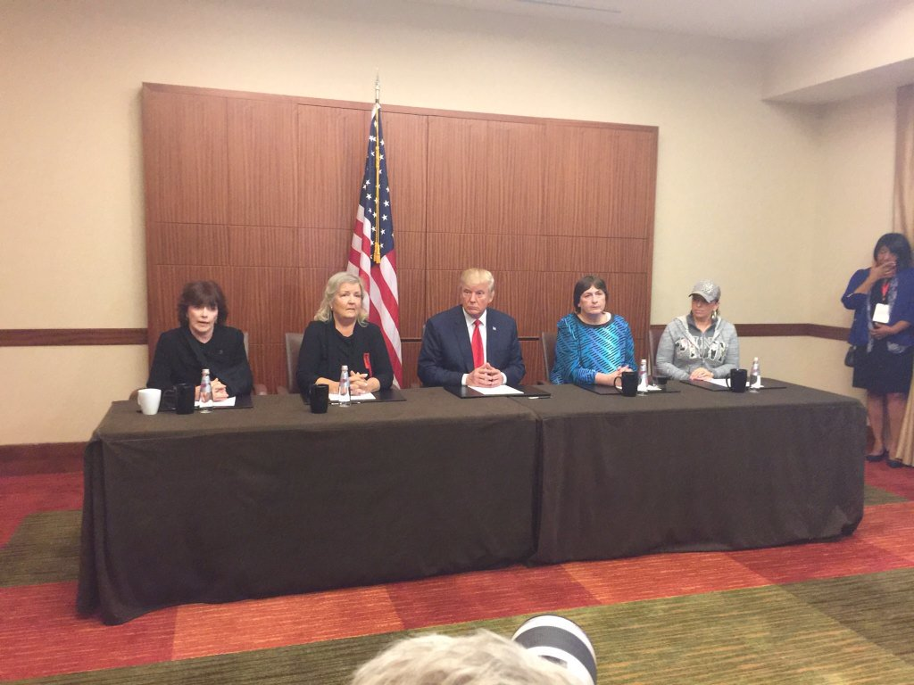 clinton-accusers-with-trump