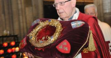 Jesus Christ's Crown of Thorns and the Tunic of St. Louis Rescued from Inferno at Notre Dame Cathedral