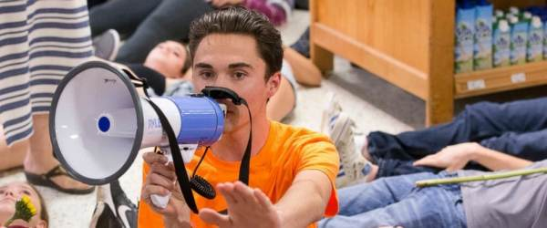 Florida-Based Publix Grocery Store Chain Intimidated by Teen Tyrant David Hogg 'Die-ins,' Suspends Political Contributions