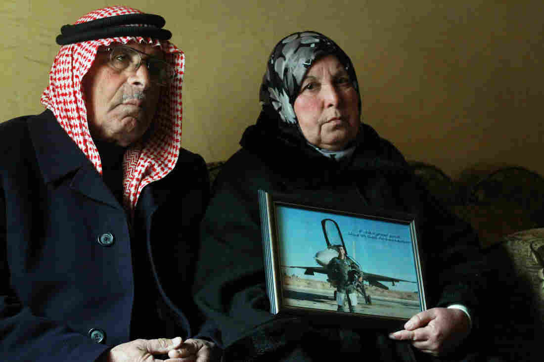 father mother of jordanian pilot