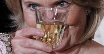 """Is Hillary Drinking Again? Hillary Tries to Troll Trump and InfoWars After Trump's Mega Rally in Orlando – Claims She's """"Blessed with Stamina"""""""