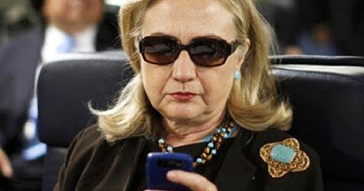 Breaking: Reddit Users Break HUGE Clinton Email Story - Proving Hillary ORDERED Emails to Be Stripped