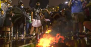 VIDEO: Hong Kong Protesters Torch Jerseys of Commie-Lover Lebron James, Sing US National Anthem