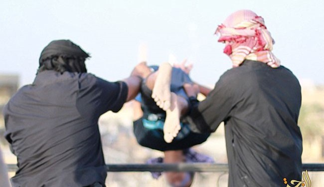 "PICTURED, ISIS Thrown 4 men to Death in Fallujah Accused of being Alleged ""Homosexual"""