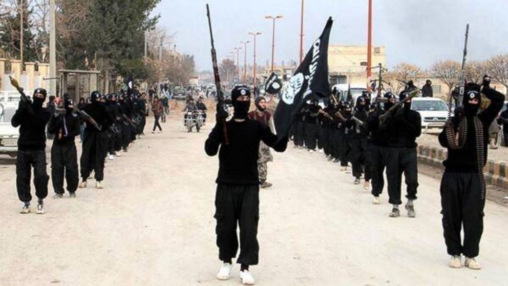 isis marching