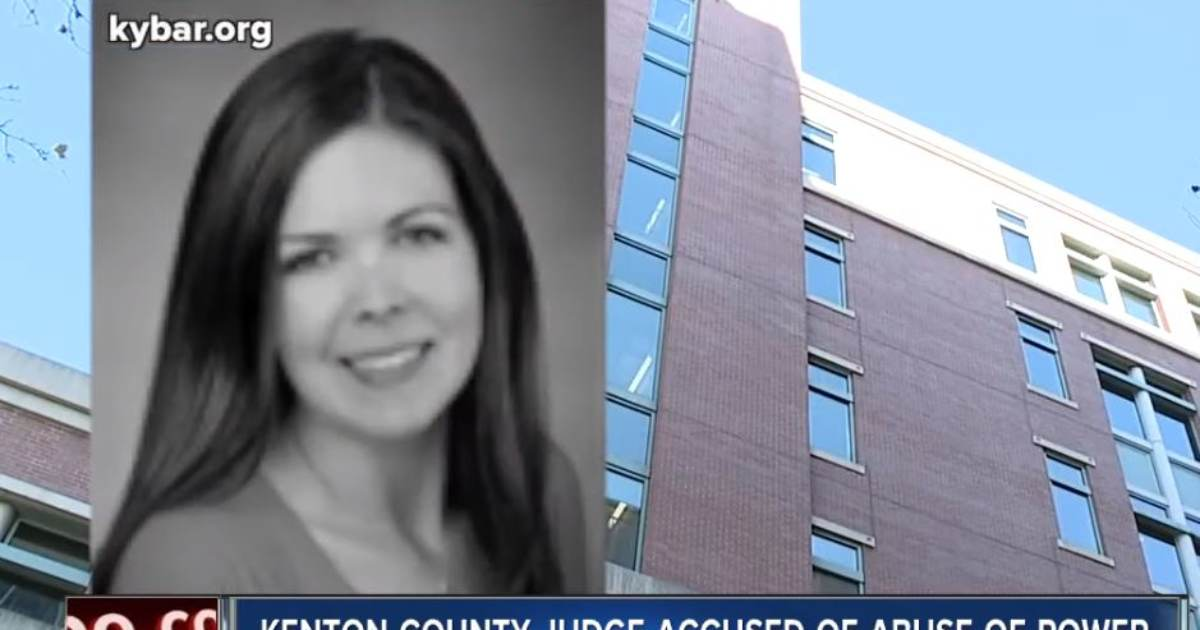 Female Kentucky Judge Accused of Having Threesomes with Co-Workers in Judge's Chambers (VIDEO)