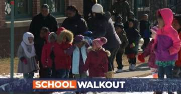 Minneapolis Grade School Takes Little Children Around 6-7-Years-Old to Protest Against Guns