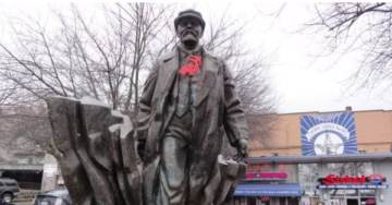 There's A Vladimir Lenin Statue In Seattle, and Republican Lawmakers Want It Gone