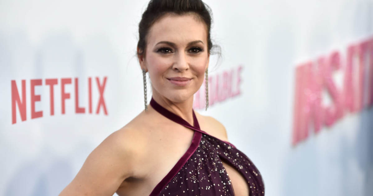 Alyssa Milano Renews Call For 'Sex Strike,' Says Women Will Be 'Thrown In Prison'