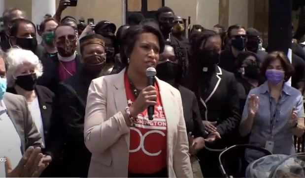 Far-Left DC Mayor Exempts Democrat Lawmakers Returning From John Lewis's Funeral From Strict 14-Day Quarantine Order