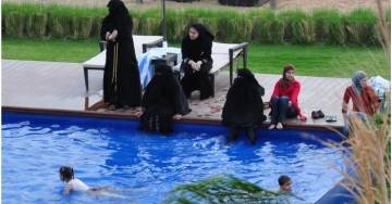 Swiss Officials Reject Muslim Girls Citizenship Papers After They Refuse to Swim in Pool with Boys