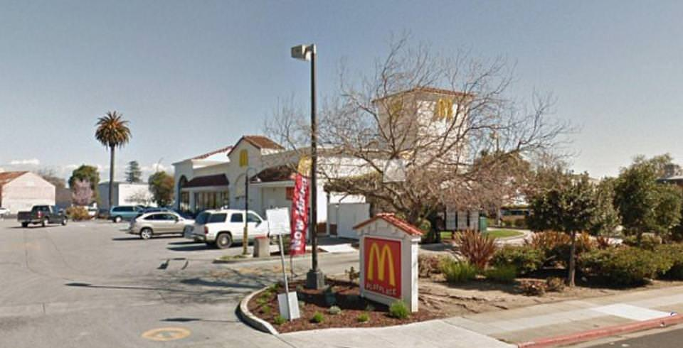 photo image Horror=> McDonald's Worker Tries to Flush Newborn Baby Down the Toilet After Giving Birth