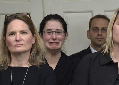 obama-crying-staff