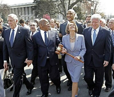 Nancy Pelosi Ripped After Taking House Democrats out for Exclusive Dinner Party as Troops Pay Price for #SchumerShutdown