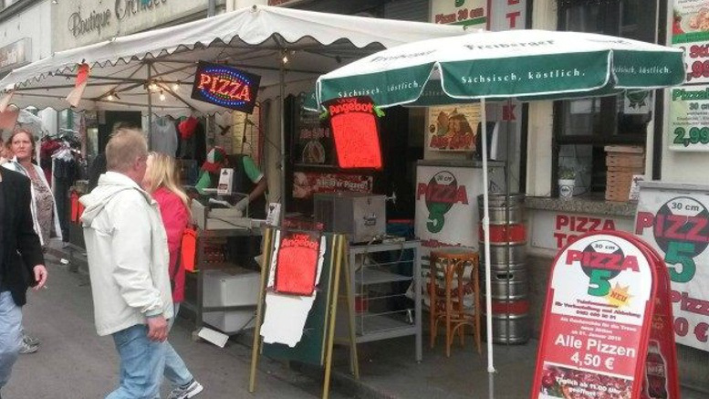 pizzeria stabbing germany