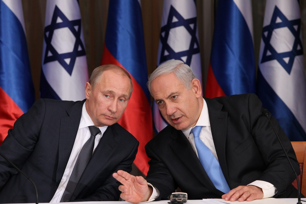 Israel's Prime Minister Benjamin Netanyahu (R) holds a joint press conference with Russian President Vladimir Putin at Netanyahu's residence in Jerusalem on June 25, 2012.  Photo by Marc Israel Sellem/POOL/FLASH90