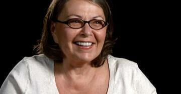 """""""I AIN'T DEAD BITCHES!!!"""" Roseanne Barr Trolls ABC's Spin-Off """"The Conners"""""""