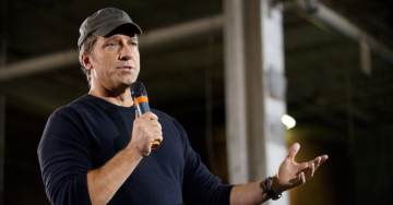 Mike Rowe's Veterans Day Message: No 'Trigger Words' Or Safe Spaces In America's Military