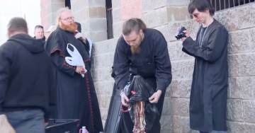HORROR=> Satanists Desecrate Mary Statue at Catholic Cathedral on CHRISTMAS EVE (Video)