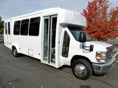 College Student Group Demands Free Shuttle Rides to and from Mosque