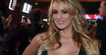 """'GAME ON, TINY' Stormy Daniels Lashes Out at President Trump After """"Horseface"""" Comment"""