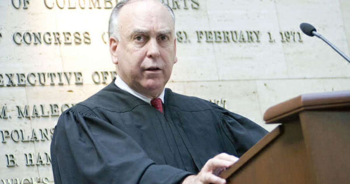 photo image DRAMA=> Judge Ellis Calls For Extended Delay in Manafort Trial After Mueller Prosecutors Whine