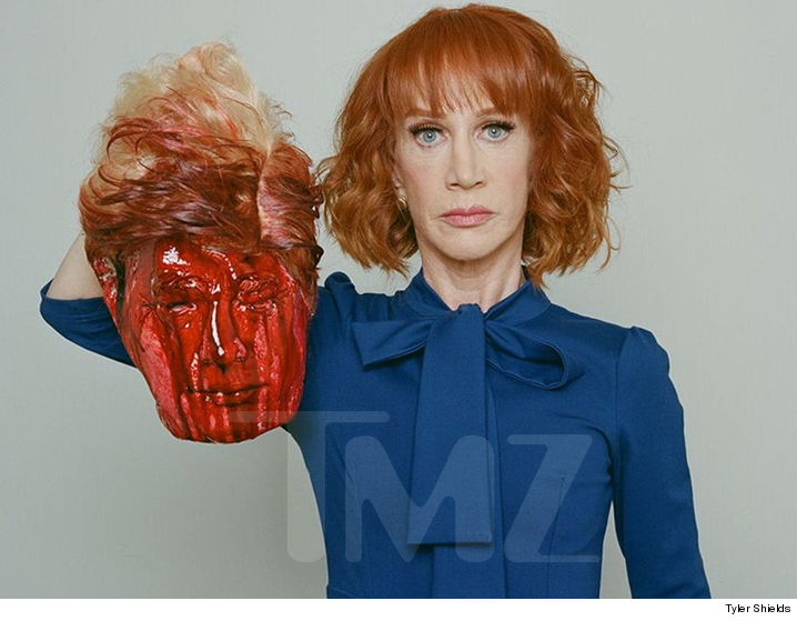 Kathy Griffin, Comedian Who Posed With Beheaded Trump, Invited to White House Correspondents Dinner