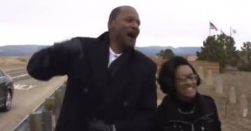 """ABSOLUTELY AMAZING! Family and Friends of Clinton Stewart Chant """"TRUMP! TRUMP! TRUMP!"""" as He Is Released from Prison in First Step Act (VIDEO)"""