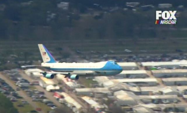 AWESOME! President Trump Surprises Daytona Crowd – Swoops down 800 feet Over Track before Landing! … Crowd Erupts!! (VIDEO)