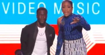 """In Your Face, Trump! Suck It!"" – Comedian Opens MTV Video Music Awards with Vulgar and Racist Hit on Trump (VIDEO)"