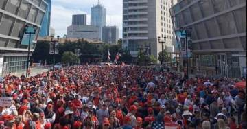 AMAZING! MASSIVE OVERFLOW of THOUSANDS Outside American Airlines Arena in Dallas, TX to See President Trump