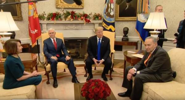 Hah-Hah! Trump Set Up Pelosi-Schumer — Surprised Them by Media Invite to Their Meeting — Body Language Expert