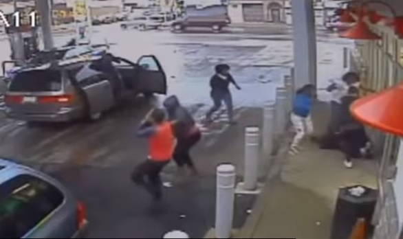 Black Women Beat Homeless White Man to Death with Hammer, a Chair Leg and Their Kids (Video)